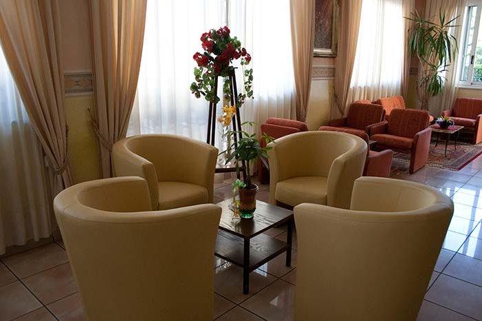 Hotel Monica - Saloni