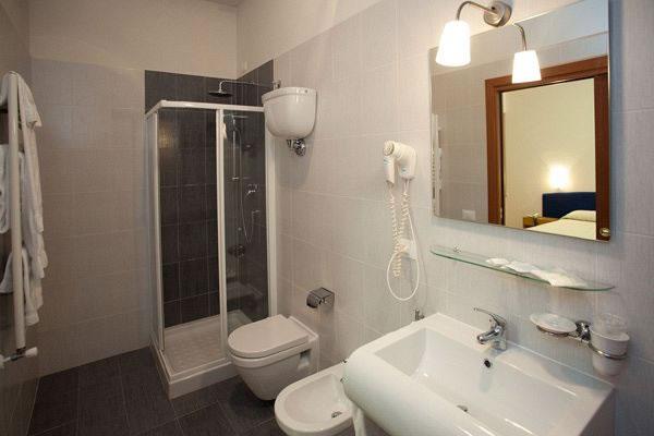 Hotel Perugina - Bagno in camera